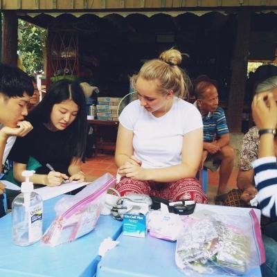 カンボジアで公衆衛生 今関愛菜